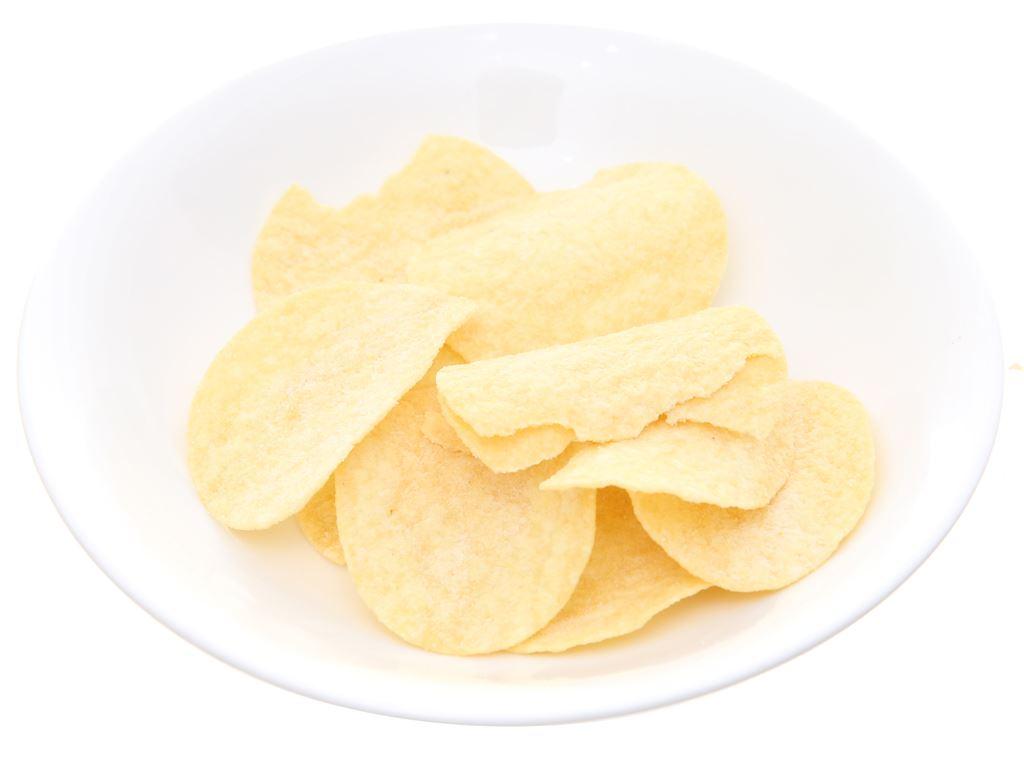 Snack khoai tây vị kem chua và hành Pringles lon 147g 8