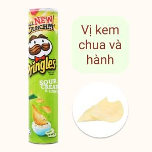 Snack khoai tây vị kem chua và hành Pringles lon 147g