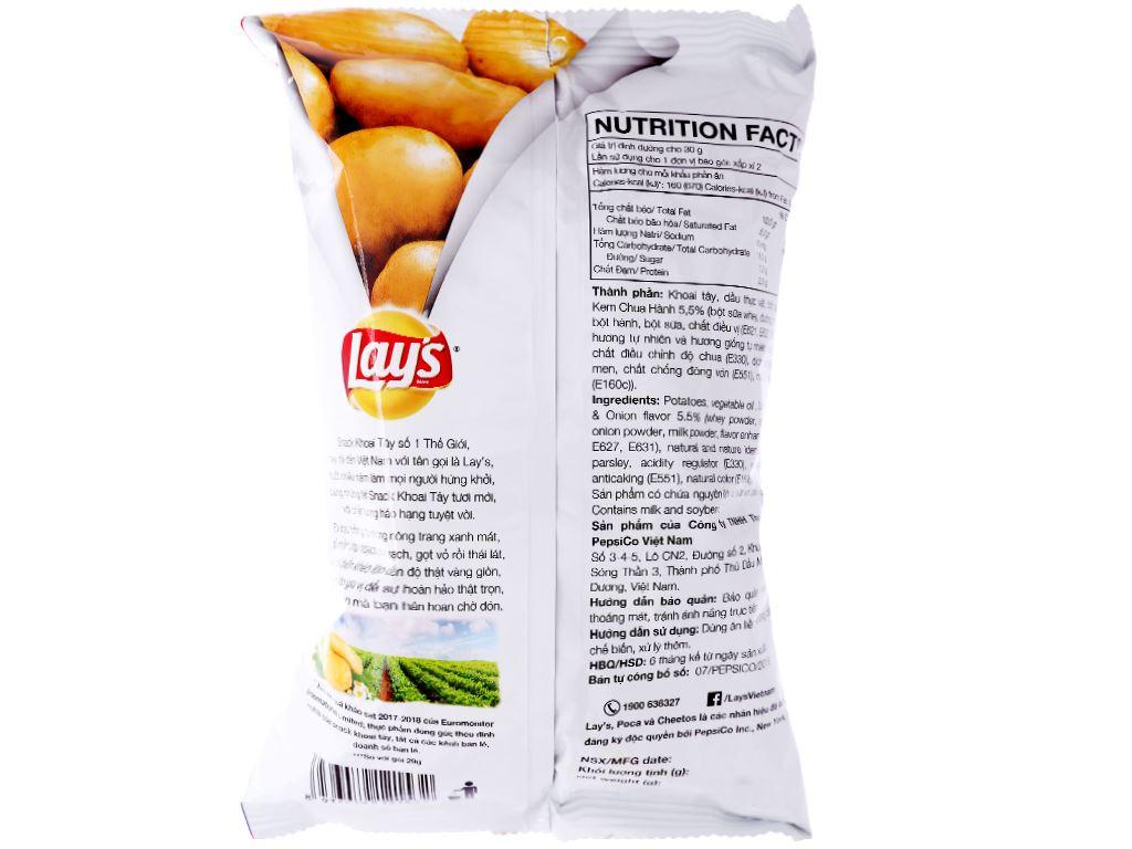 Snack khoai tây vị kem chua hành Lay's gói 56g 2