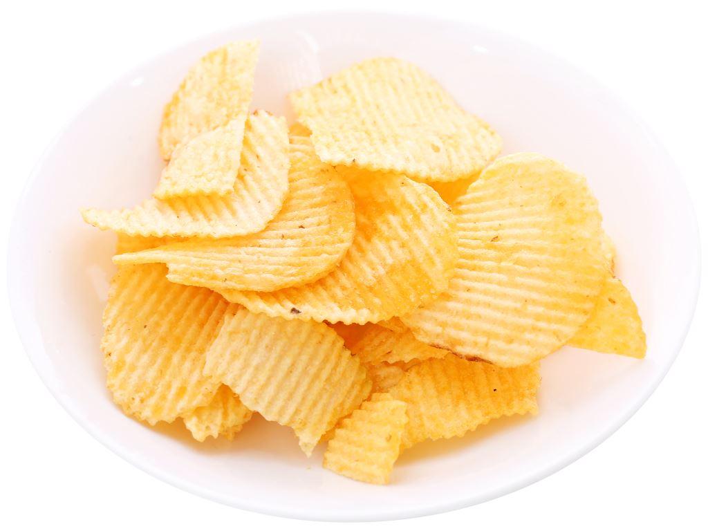 Snack khoai tây vị phô mai cheddar Lay's Wavy gói 95g 4