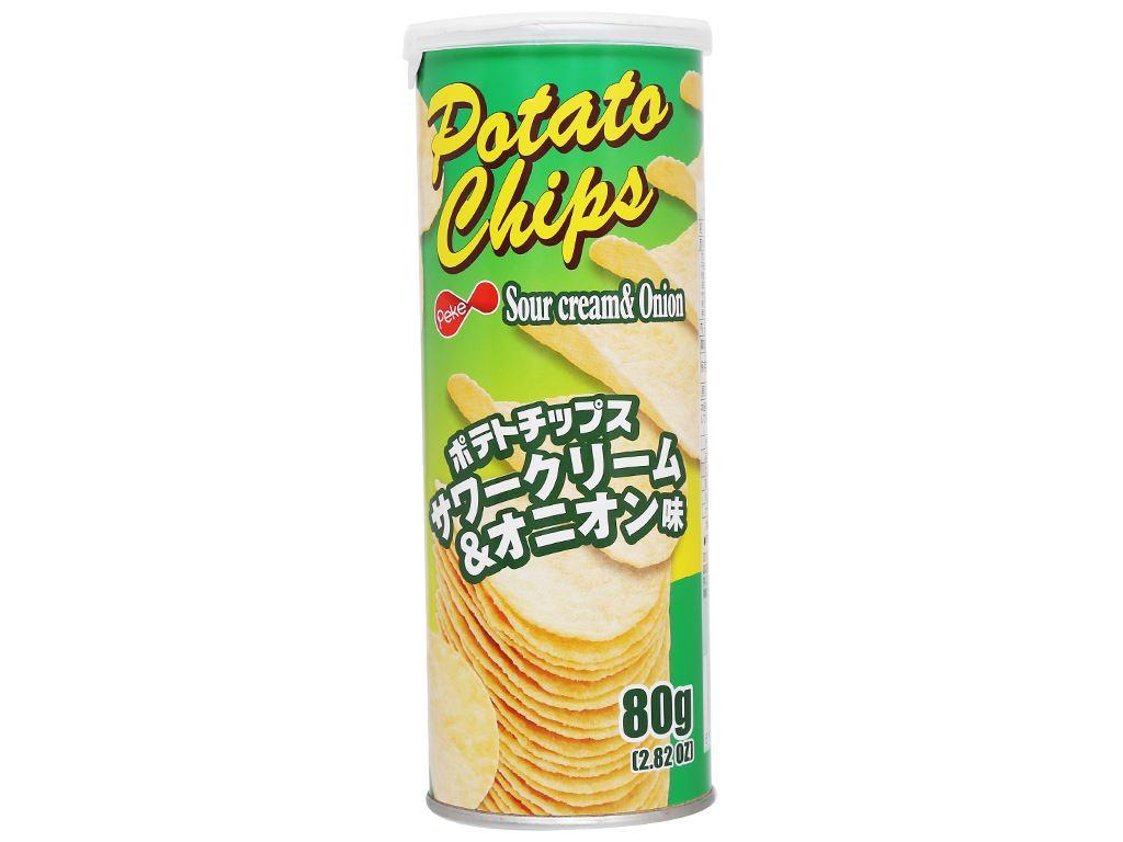Snack khoai tây vị kem chua và hành tây Peke Potato Chips lon 80g 2