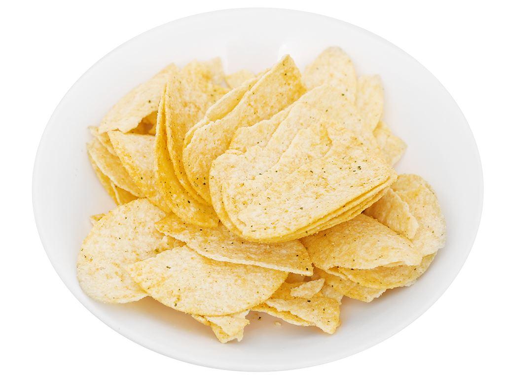 Snack khoai tây vị trứng muối Peke Potato Chips lon 80g 7
