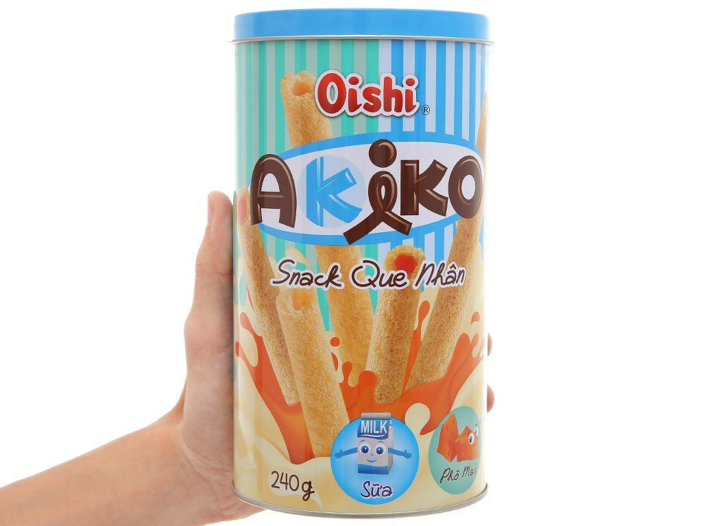 Snack que nhân sữa và phô mai Akiko Oishi lon 240g 4