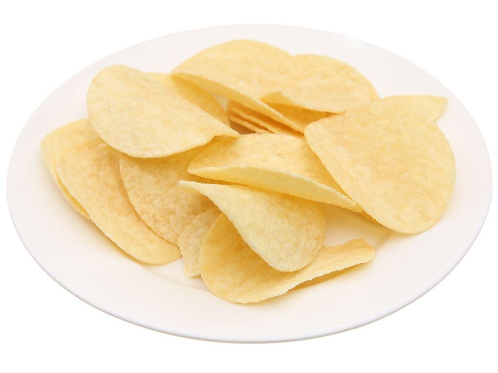Snack khoai tây vị truyền thống Pringles lon 107g 4