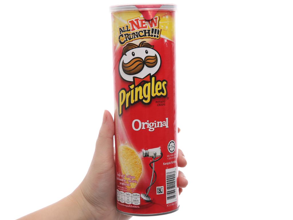 Snack khoai tây vị truyền thống Pringles lon 107g 3