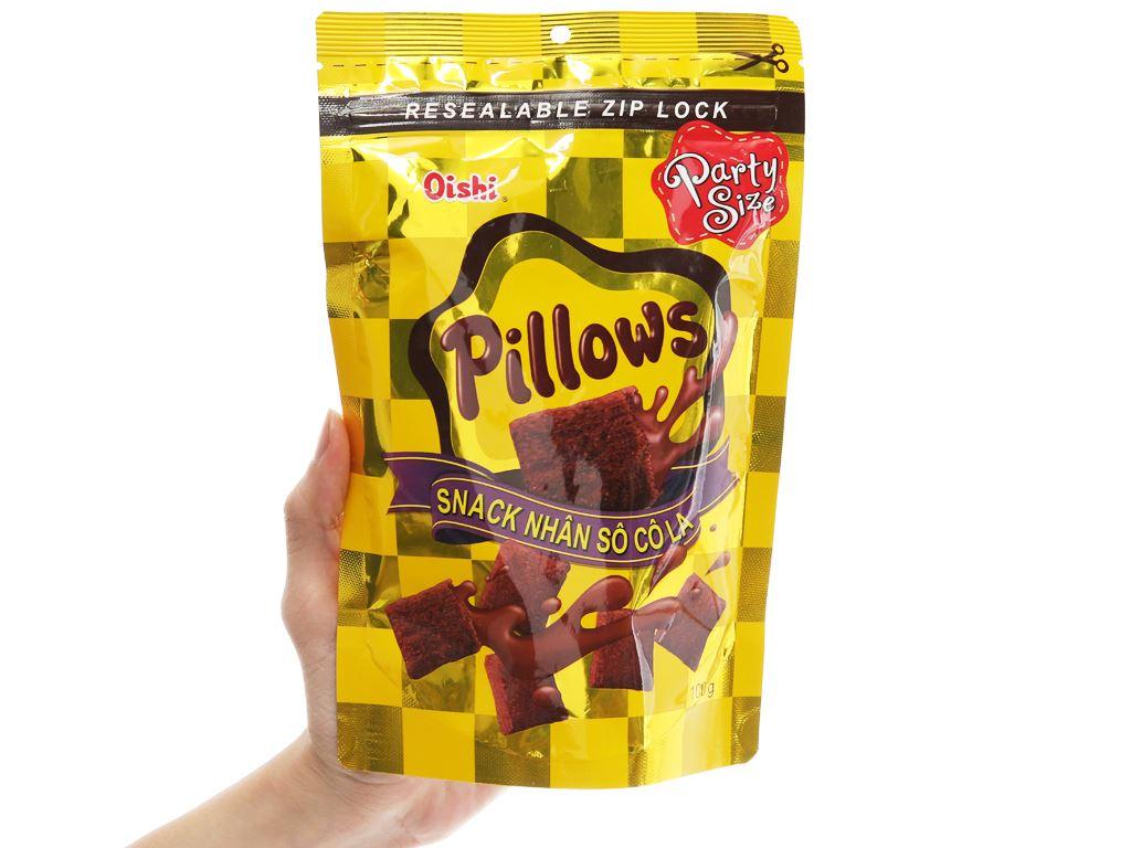 Snack nhân sô cô la Oishi Pillows gói 100g 4