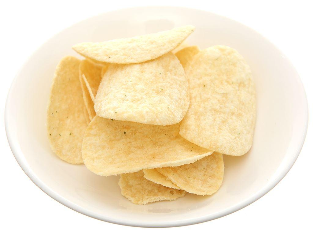 Bánh lát khoai tây vị kem chua và hành Slide lon 75g 4