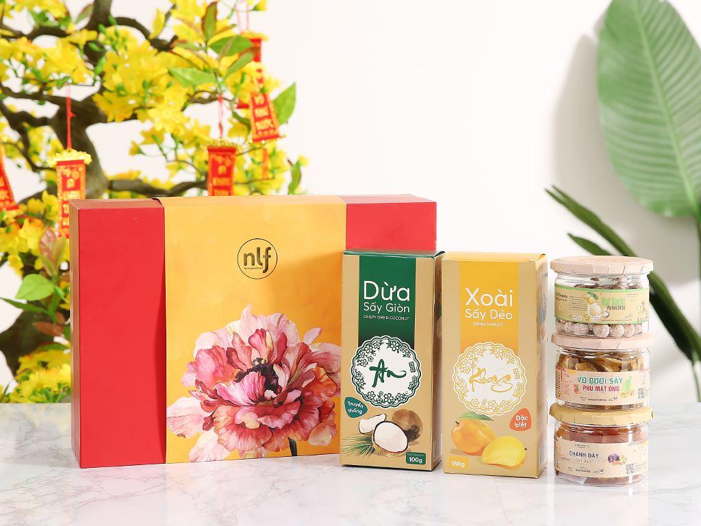 Hộp quà Tết An Khang Nong Lam Food 2kg 1