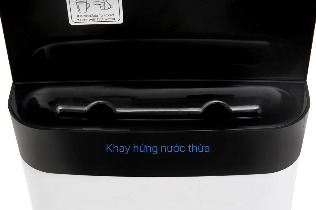 Khay hứng nước thừa đảm bảo nước không rơi rớt xung quanh máy - Máy lọc nước RO nóng lạnh KoriHome WPK-818-S 6 lõi