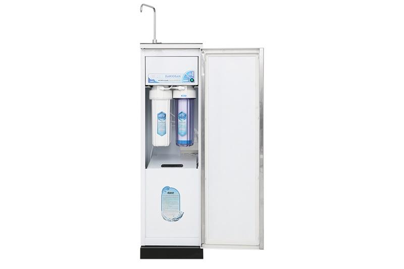 Công suất lọc, dung tích bình chứa - Máy lọc nước RO Daikiosan DXW-33009G 9 lõi