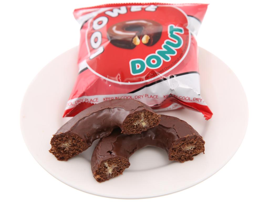 Gói 12 bánh donut phủ sô cô la nhân kem trứng Doowee Donut 30g 4