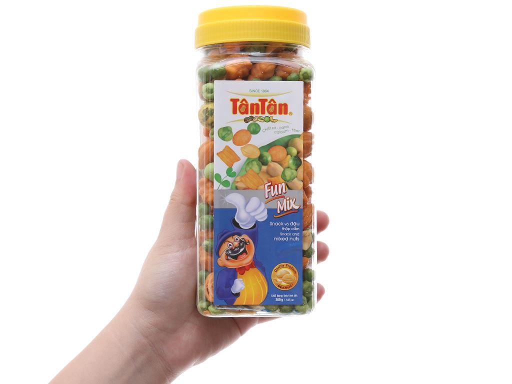 Snack và đậu thập cẩm Fun Mix Tân Tân hộp 200g 3