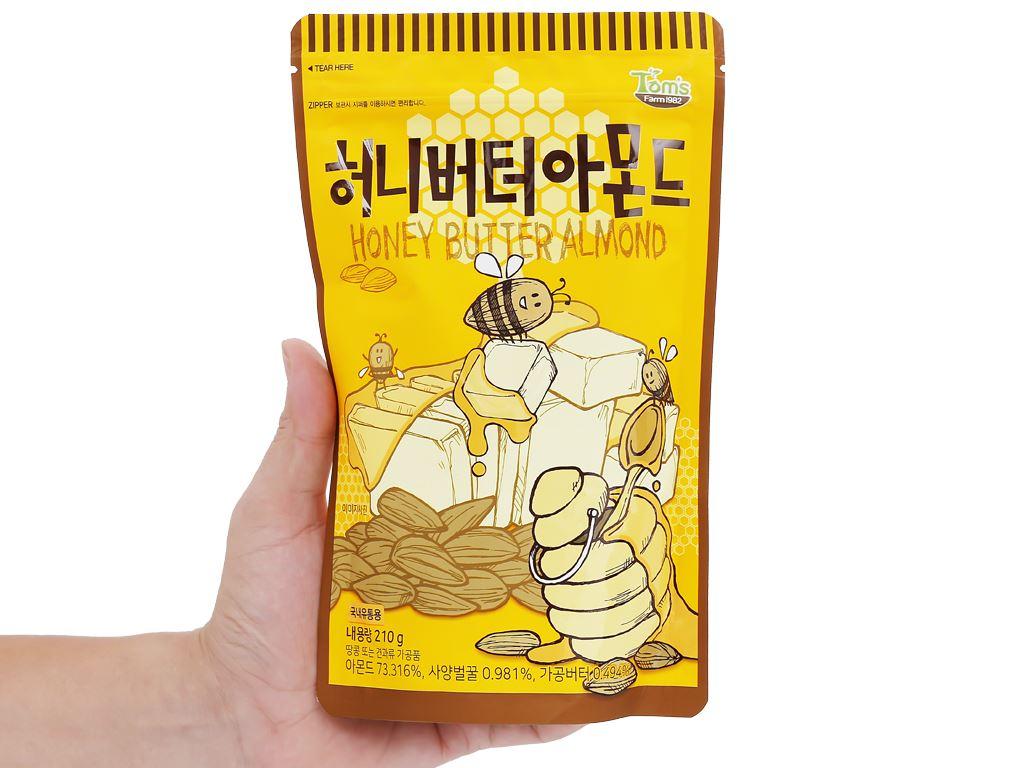 Hạt hạnh nhân tẩm bơ mật ong Tom's Farm túi 210g 4