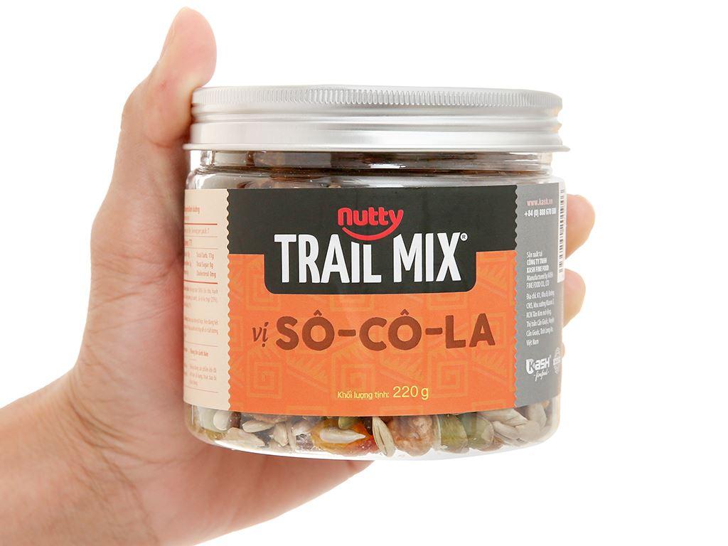 Hỗn hợp hạt vị socola Nutty Trailmix hũ 220g 5