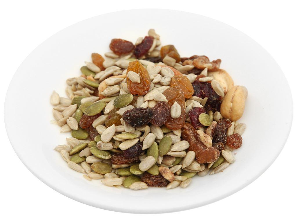 Hạt hỗn hợp vị muối hồng Nutty Trailmix hũ 220g 6