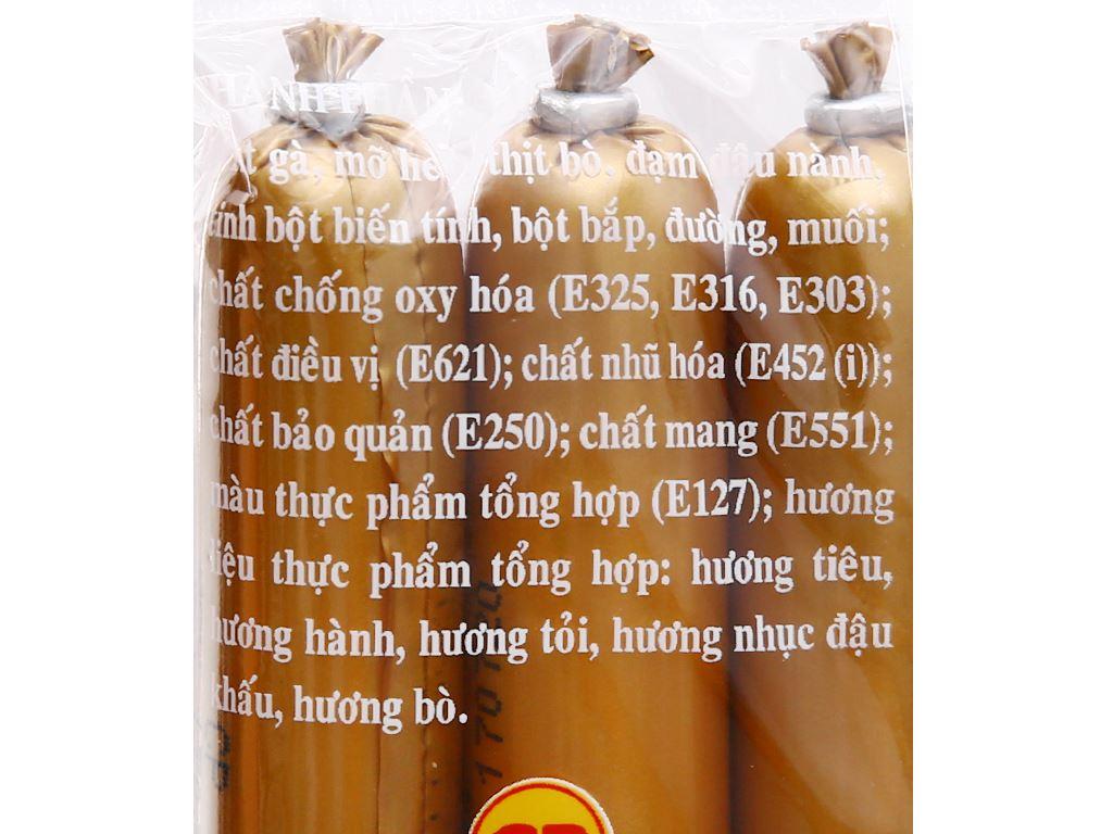 Xúc xích bò tiệt trùng C.P Gold gói 100g 3