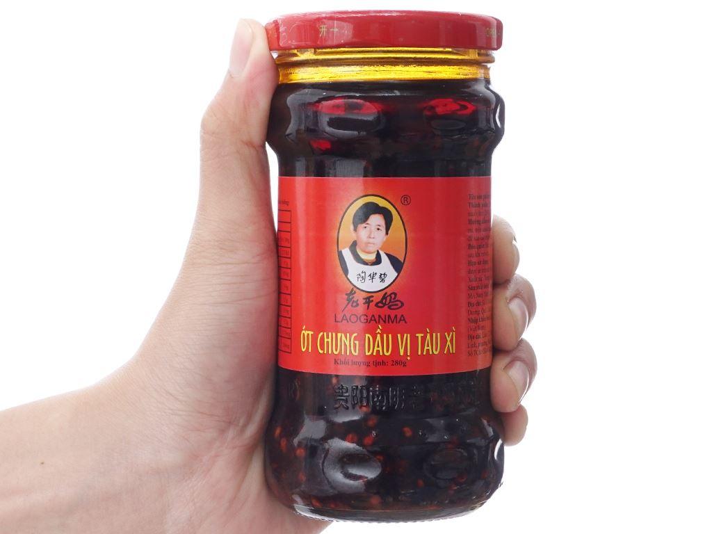 Ớt chưng dầu vị tàu xì Lao Gan Ma hũ 280g 3