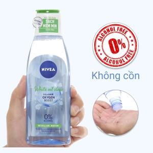 Nước tẩy trang Nivea kiểm soát nhờn ngăn ngừa mụn trắng da 200ml