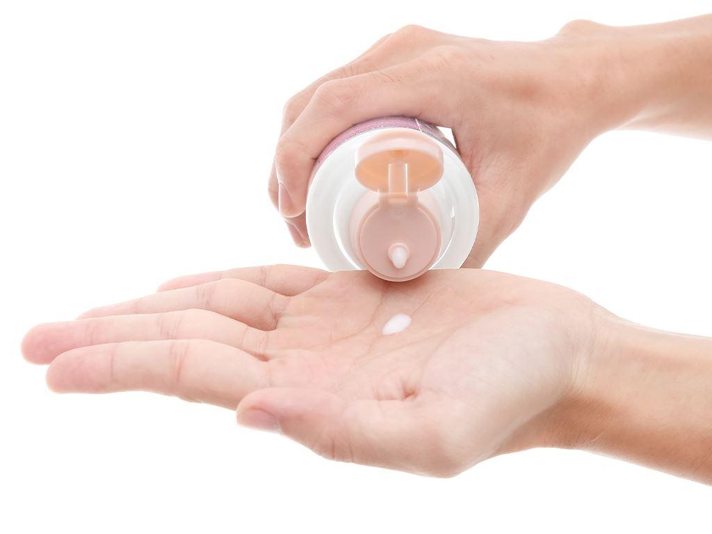 Sữa tẩy trang Bioré 3 lớp sạch sâu dưỡng ẩm 300ml 4