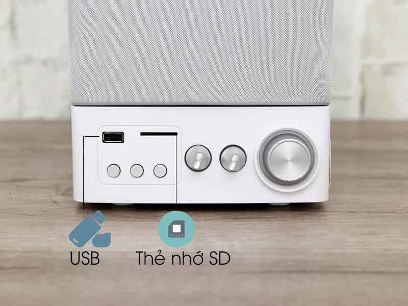 Kết nối usb thẻ nhớ - Loa vi tính 2.1 Enkor E900 Bạc