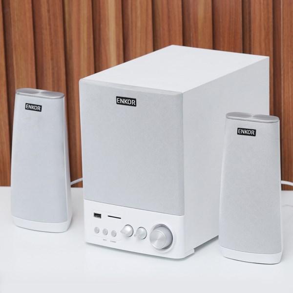 Loa vi tính 2.1 Enkor E900 Bạc