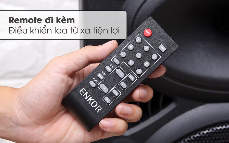 Remote điều khiển từ xa tiện lợi - Loa Kéo Bluetooth Enkor L1218K Đen
