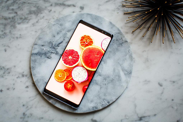 Samsung Galaxy Note 8 - ចាប់បានដល់ 16 លានពណ៌