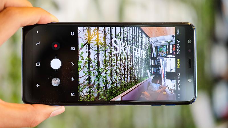 Giao diện camera điện thoại Samsung Galaxy A7 2018