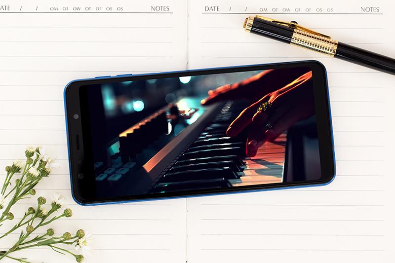 Xem phim trên điện thoại Samsung Galaxy A7 2018