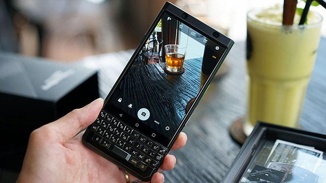 Giao diện camera điện thoại BlackBerry KEYone chính hãng
