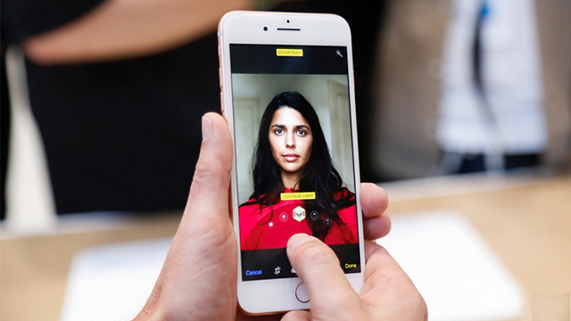 Giao diện camera của điện thoại iPhone 8 Plus