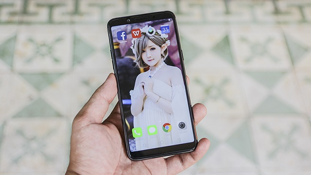 Thiết kế điện thoại OPPO F5 6GB