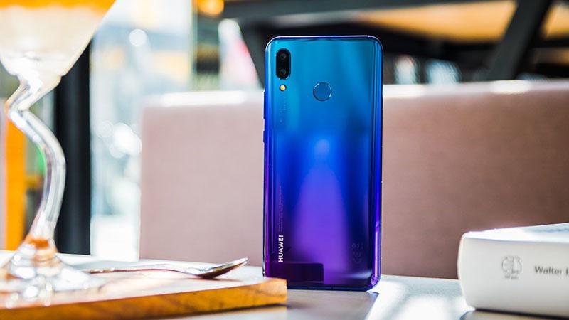 Thiết kế điện thoại Huawei Nova 3