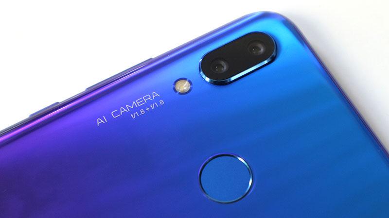 Phone - ទូរស័ព្ទ Huawei Nova 3 - រចនា