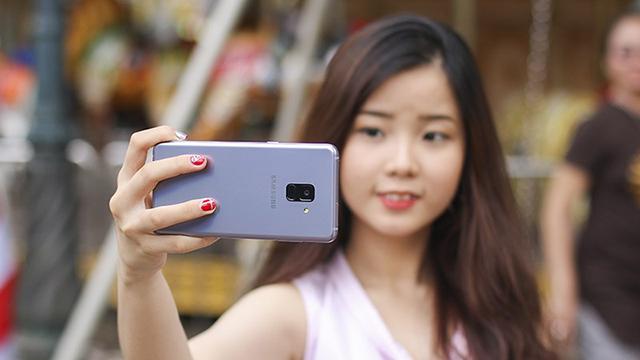 Bảo mật khuôn mặt trên điện thoại Samsung Galaxy A8 (2018)