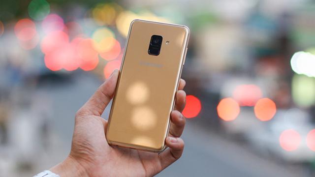 Thiết kế điện thoại Samsung Galaxy A8+ (2018)