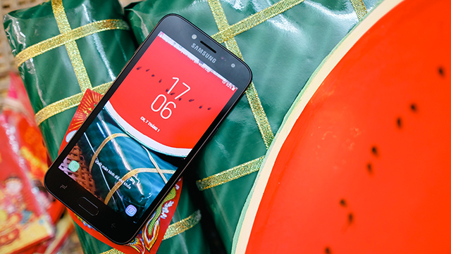 Màn hình điện thoại Samsung Galaxy J2 Pro (2018)