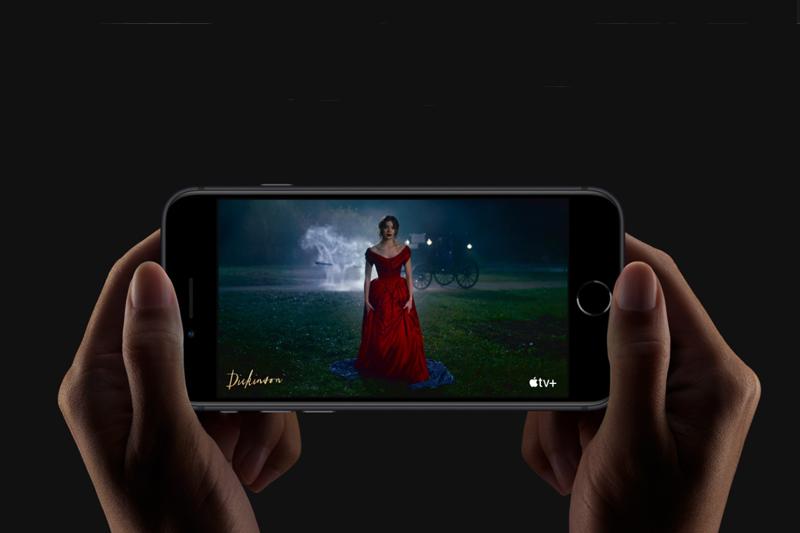 Khả năng xem video được liên tục nhiều giờ liền | iPhone SE 2020