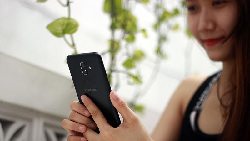 Pin điện thoại Samsung Galaxy J8