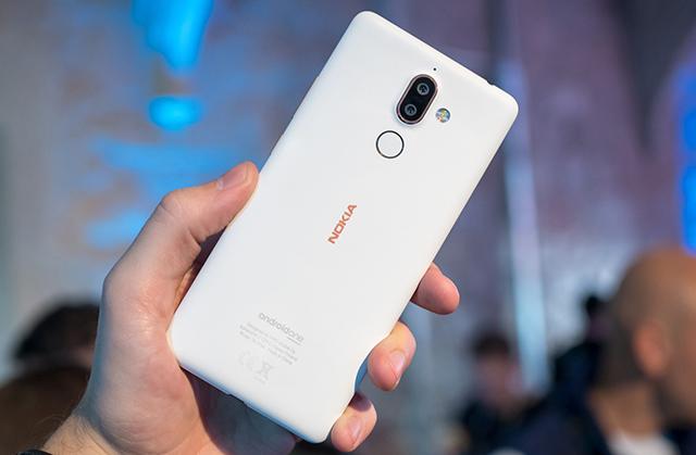 Thiết kế điện thoại Nokia 7 Plus