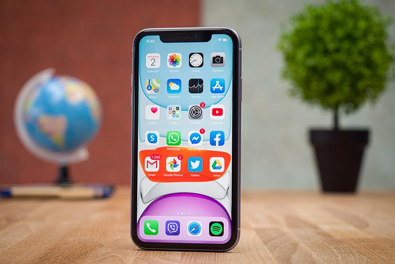 Điện thoại iPhone 11 64GB | Giao diện màn hình chính