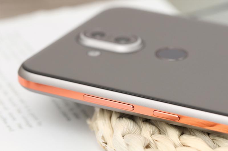 Nokia 8.1 | Thiết kế mặt lưng và khung viền