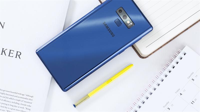 Thiết kế điện thoại Samsung Galaxy Note 9
