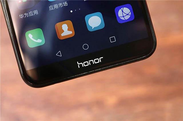 Khó có một chiếc máy nào tốt hơn Honor 7C trong tầm giá