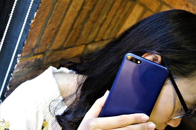 Thiết kế điện thoại Huawei Y7 Pro 2018