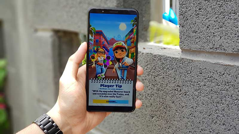 Chơi game trên điện thoại Vivo Y71