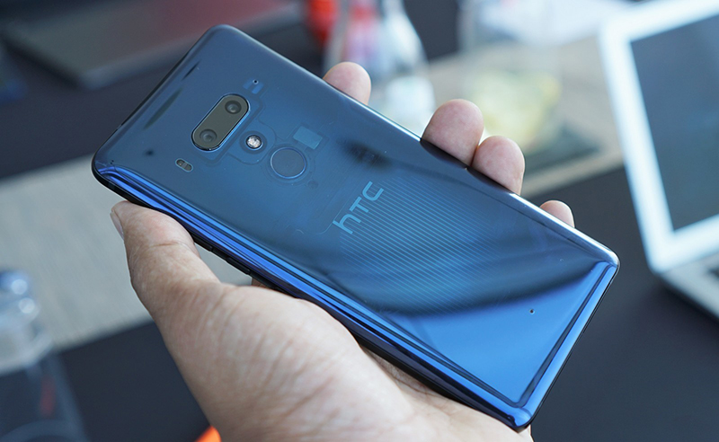 HTC U12+ tự hào khi là một trong những smartphone mạnh mẽ nhất hiện nay