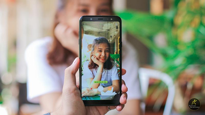 Camera trên điện thoại Samsung Galaxy A6+ (Plus)