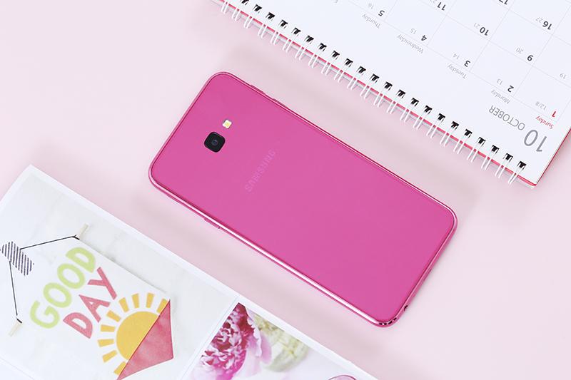 Camera chính trên điện thoại Samsung Galaxy J4+