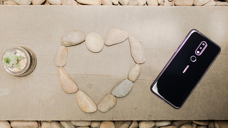 Cảm biến vân tay ở mặt lưng điện thoại Nokia 6.1 Plus (Nokia X6 2018)